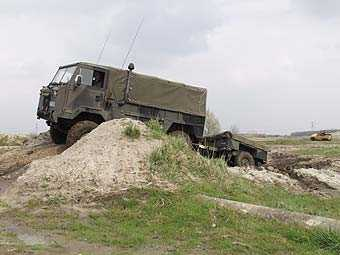 Land Rover 101 Forward Control GS with Sankey trailor